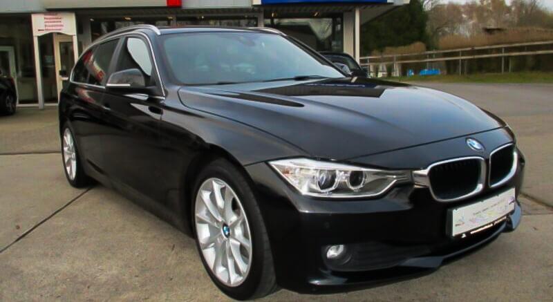 Flot og velholdt BMW 320 i sort