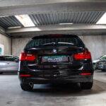 Sort BMW 320 bagfra