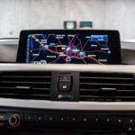 Navigationsskærm i BMW 320
