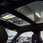 Flot udsigt gennem taget på BMW 320
