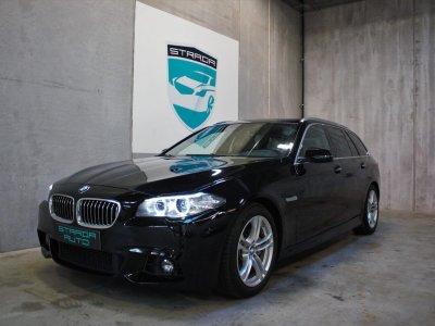 Nyere brugt BMW 530 i sort set skråt forfra